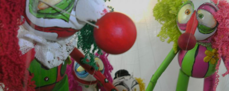 Wooden ball marionettes